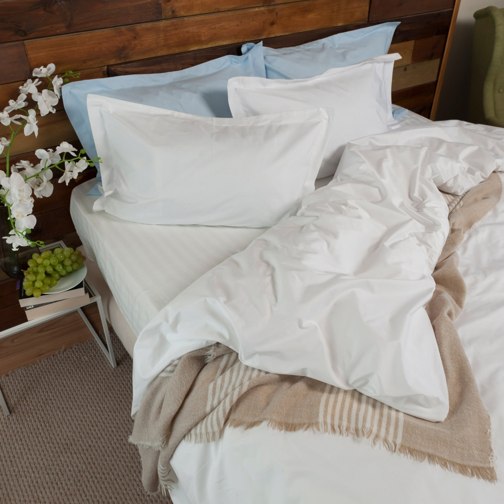 LateMornings White Percale Pillowcase Set