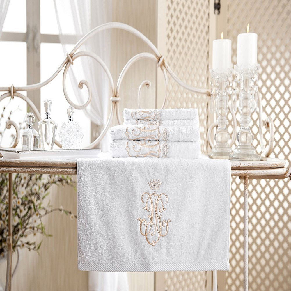Royal Collection Bath Towel Set Gold Monogram