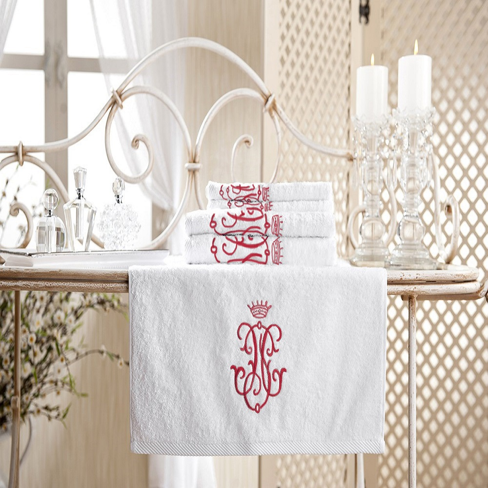 Royal Collection Bath Towel Set Red Monogram